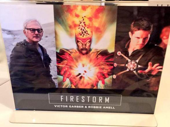 Arrow The Flash TCAs expo Firestorm 02