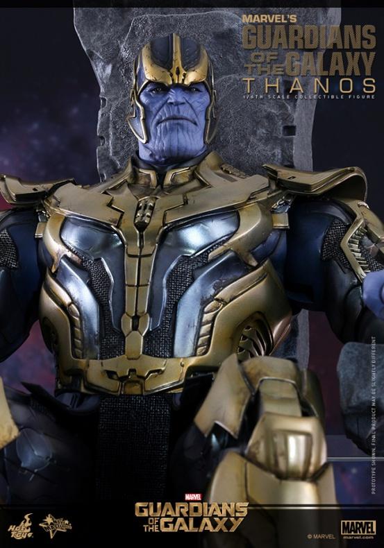 Thanos Hot Toys 04