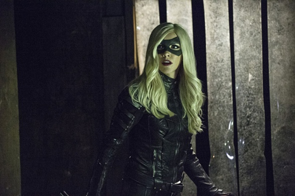 canario-negro-arrow-cw