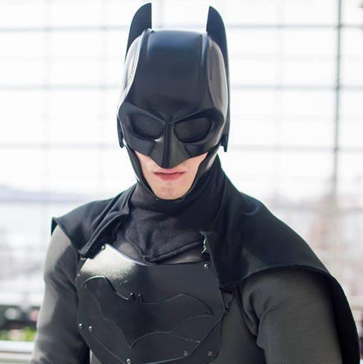 Traje de Batman hecho por fan 06