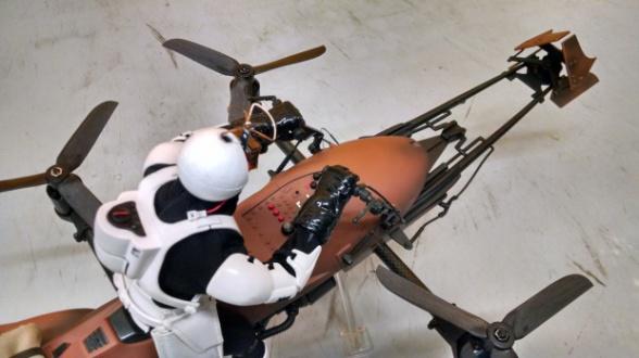 Dron Star Wars Speeder Bike 18