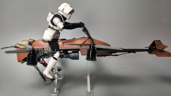 Dron Star Wars Speeder Bike 22
