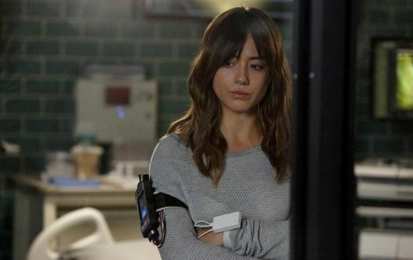Skye en Agentes de SHIELD 2x11 - Aftershocks