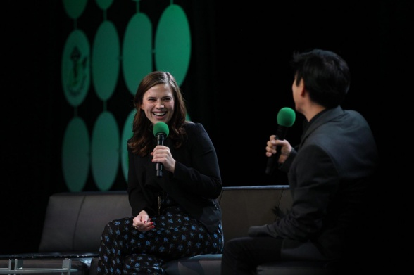 hayley-atwell-emerald-con