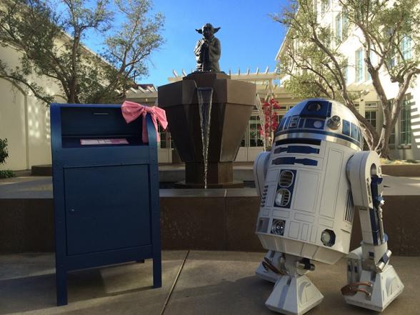Artoo in love R2D2