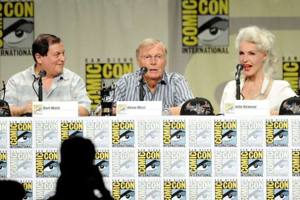 West, Ward y Newmar en San Diego Comic-Con