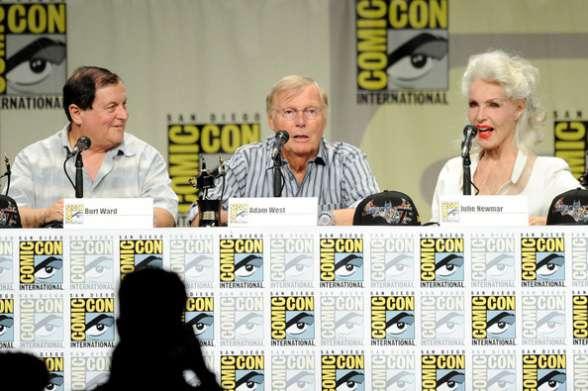 West, Ward y Newmar en San Diego Comic-Con