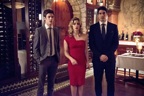 brandon-routh-grant-gustin-emily-bett-the-flash