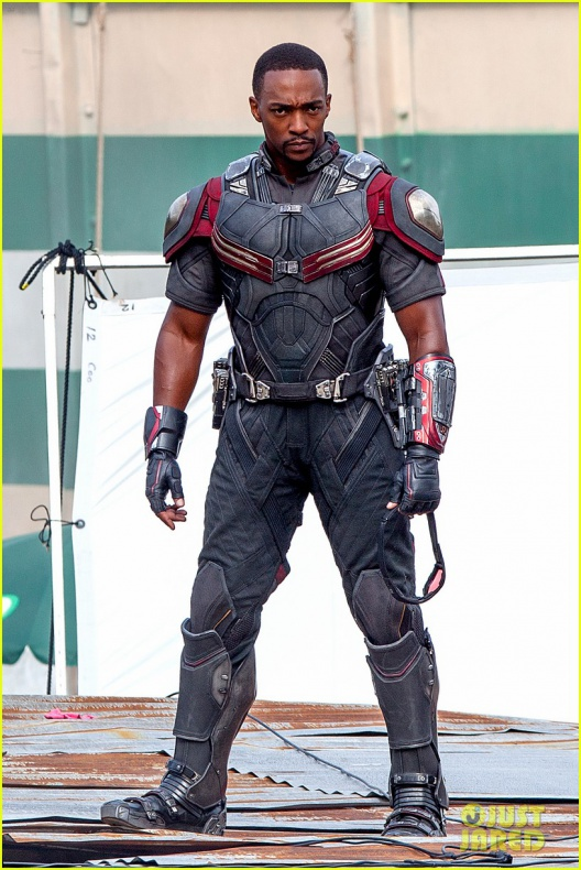 chris evans anthony mackie get to action captain america civil war 01