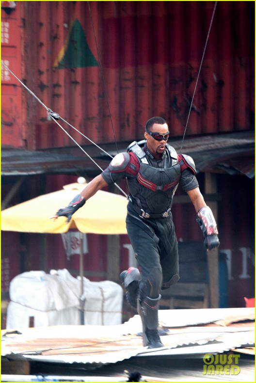 chris evans anthony mackie get to action captain america civil war 17
