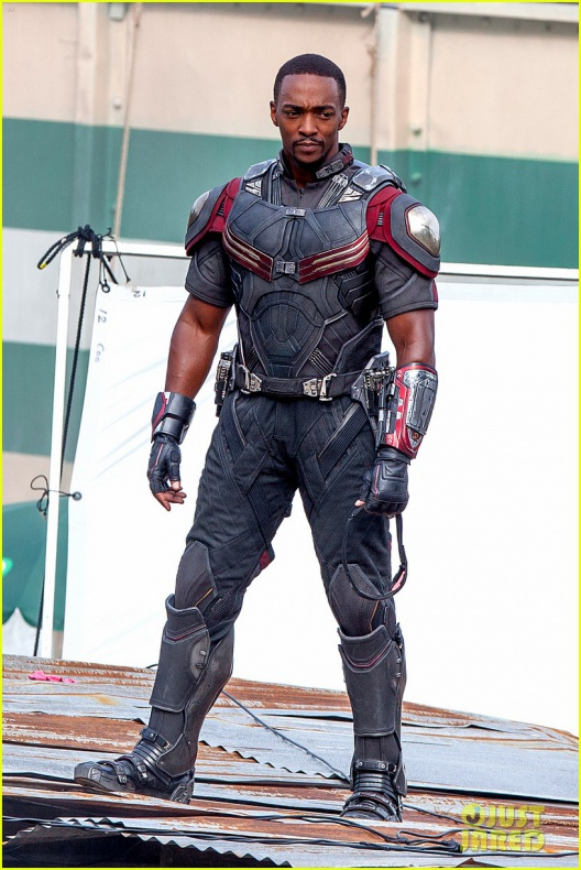 chris evans anthony mackie get to action captain america civil war 22