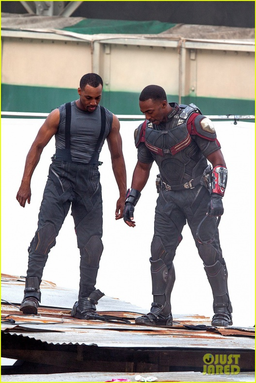 chris evans anthony mackie get to action captain america civil war 27