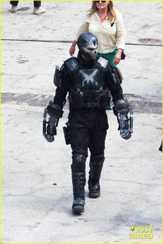 chris evans anthony mackie get to action captain america civil war 37