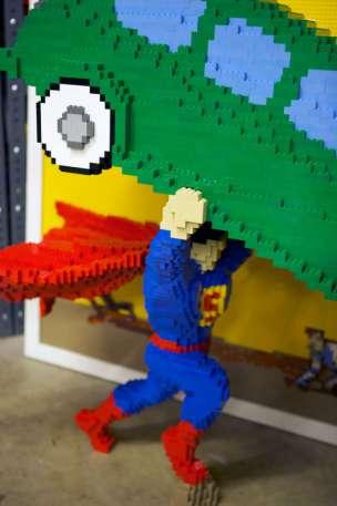 Detalle de la portada de Superman de LEGO - SDCC