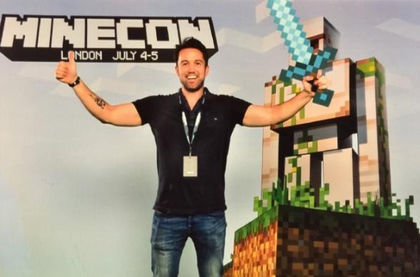 Rob McElhenney Minecraft