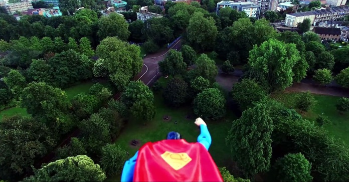 Superman dron