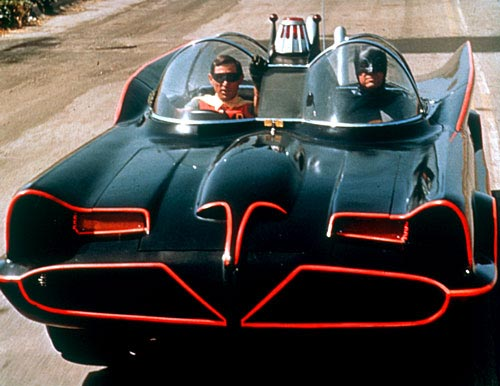 BATMOBIL-Adam-West