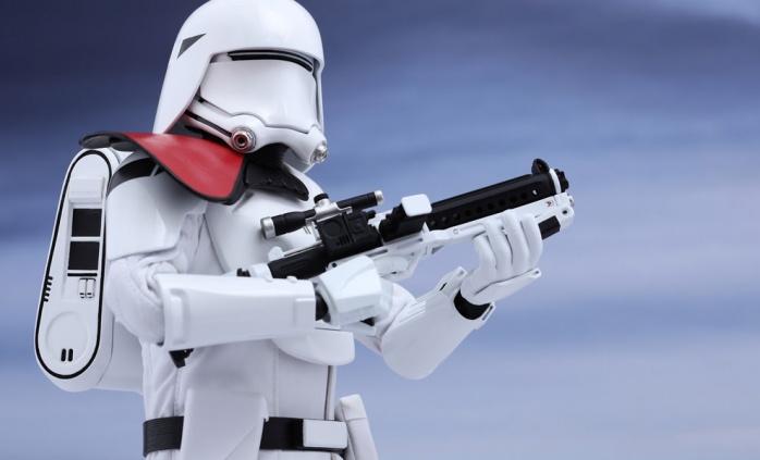 Hot Toys Star Wars VII 24