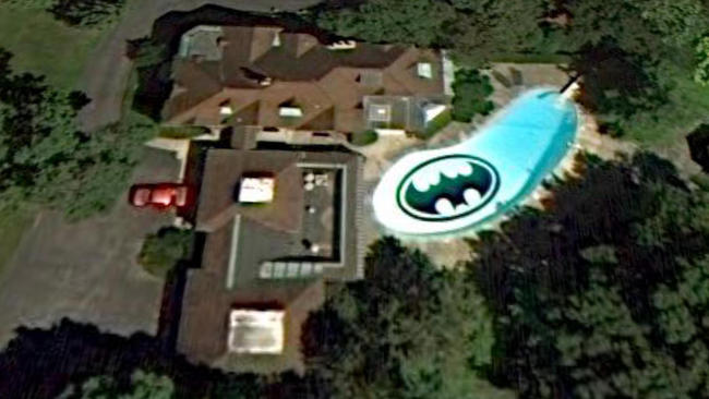 batman pool