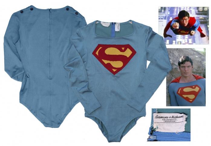 CR traje Superman