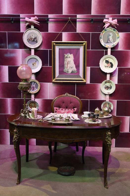 Dolores Umbridge Office Desk