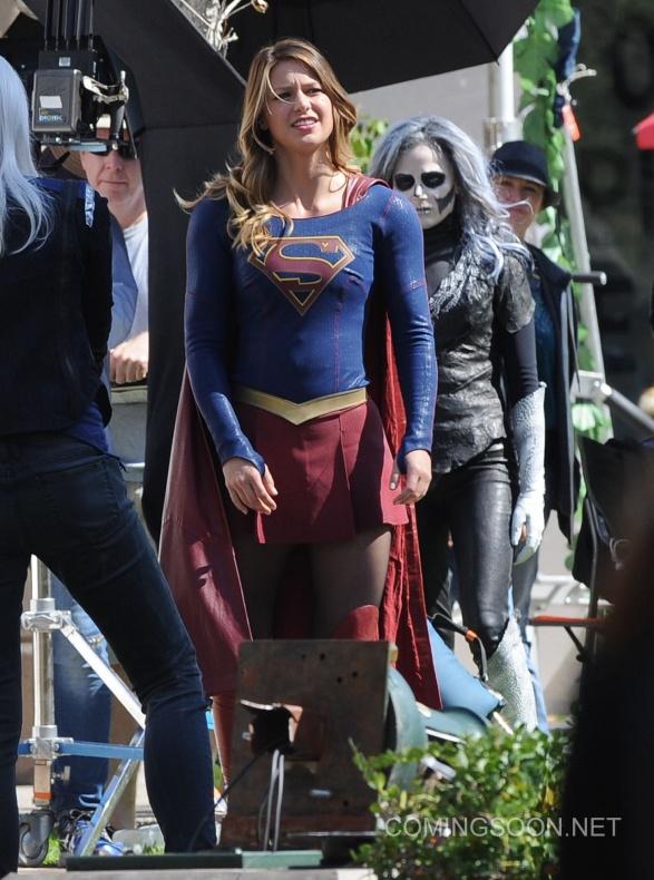 Flash Supergirl11