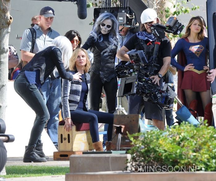 Flash Supergirl13