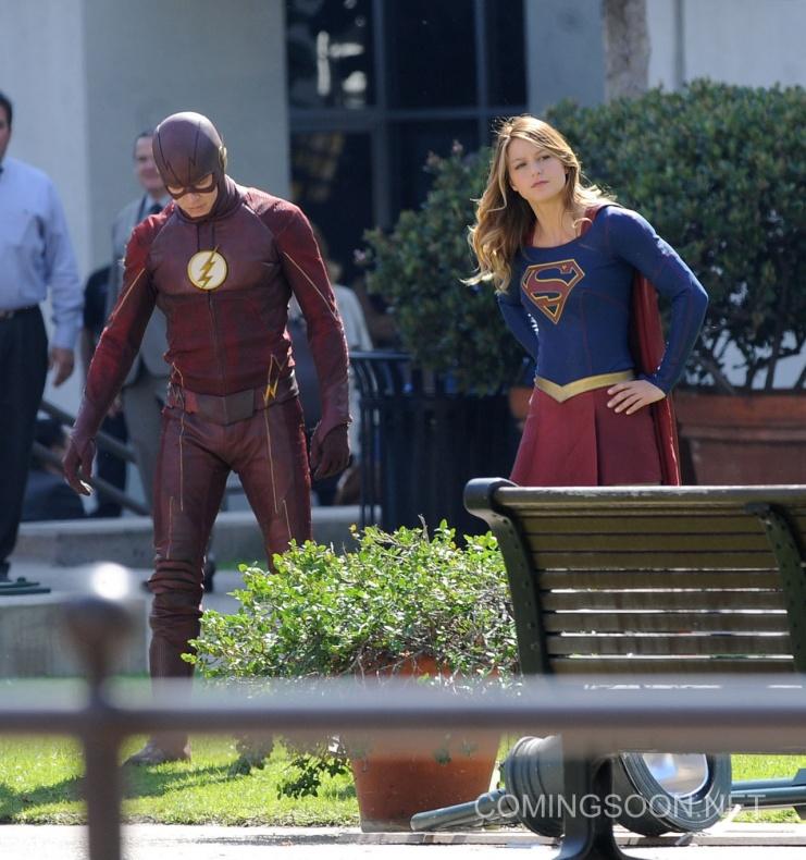 Flash Supergirl14