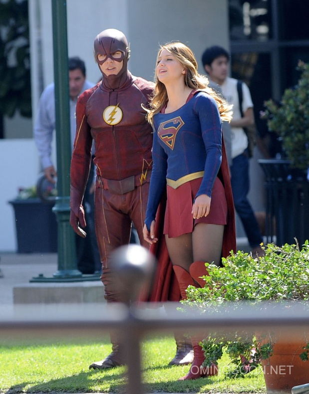 Flash Supergirl9