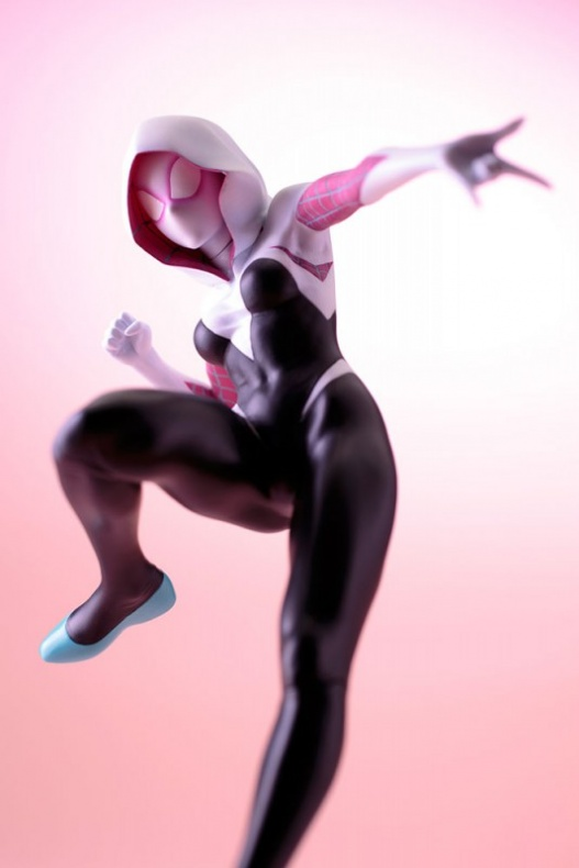 Koto Bishoujo Spider Gwen 014