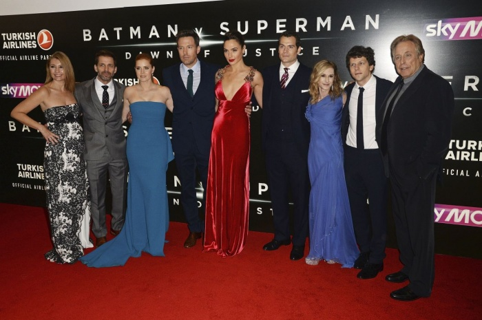 Batman v Superman premiere5a