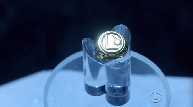 Supergirl anillo Legión de Superhéroes