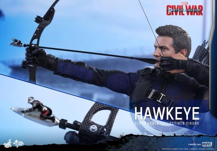 Hot Toys Hawkeye 2
