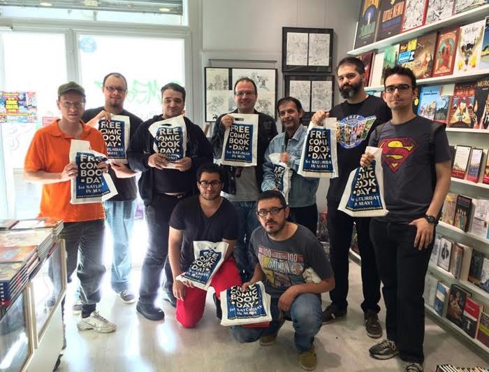 universal comics-clientes