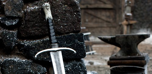Espada acero valyrio Juego de Tronos destacada