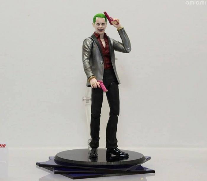 Suicide Squad Joker SH Figuarts 005