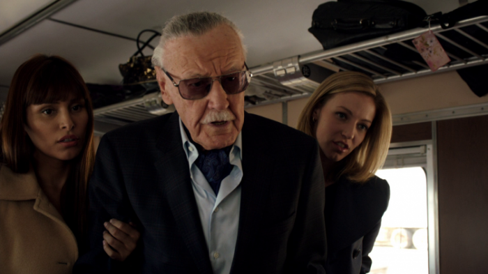 stan-lee-en-agentes-de-shield