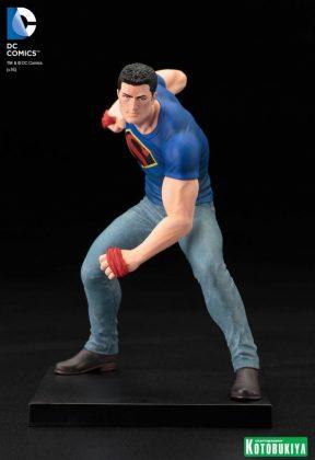 Clark Kent Kotobukiya SDCC (5)