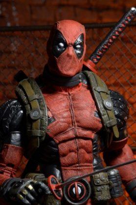 NECA Toys Deadpool (1)