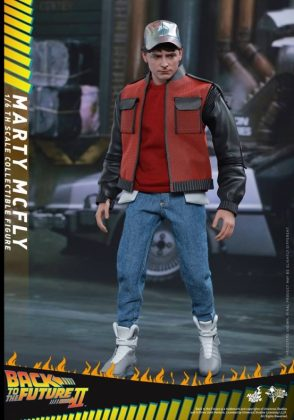 Hot Toys Regreso al futuro (1)