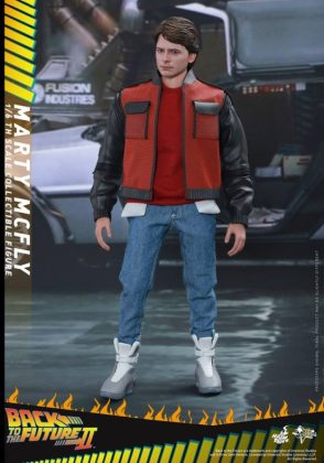 Hot Toys Regreso al futuro (11)