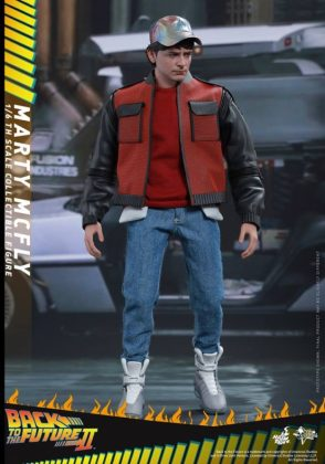 Hot Toys Regreso al futuro (14)
