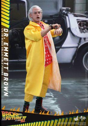 Hot Toys Regreso al futuro (9)