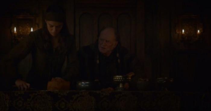 Juego de Tronos - Walder Frey y el pastel