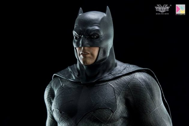 Hot Toys Batman v Superman Batman (1)