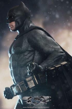 Hot Toys Batman v Superman Batman (17)