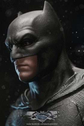 Hot Toys Batman v Superman Batman (31)
