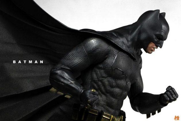 Hot Toys Batman v Superman Batman (35)