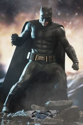 Hot Toys Batman v Superman Batman (64)