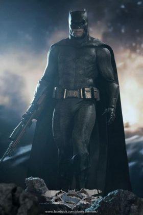 Hot Toys Batman v Superman Batman (69)